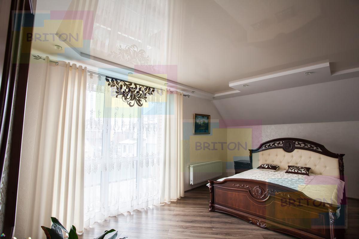 натяжной потолок украина