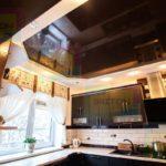 натяжной потолок в доме