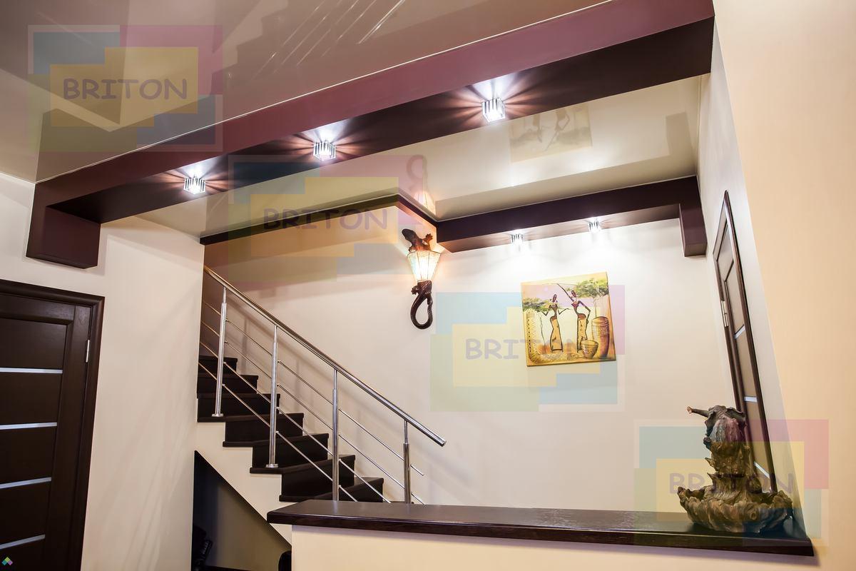 потолки в загородном доме Натяжна стеля від виробника, натяжні стелі і комплектуючі, доставка по Україні монтаж у Хмельницькому