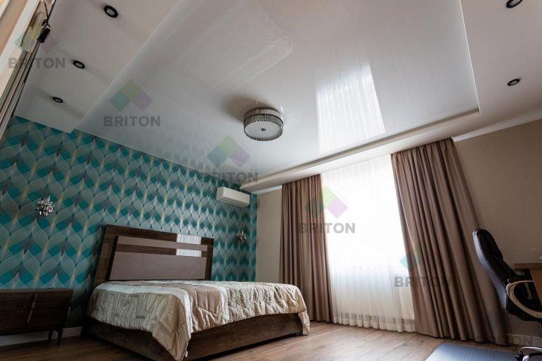 Как визуально увеличить маленькую спальню Натяжна стеля від виробника, натяжні стелі і комплектуючі, доставка по Україні монтаж у Хмельницькому